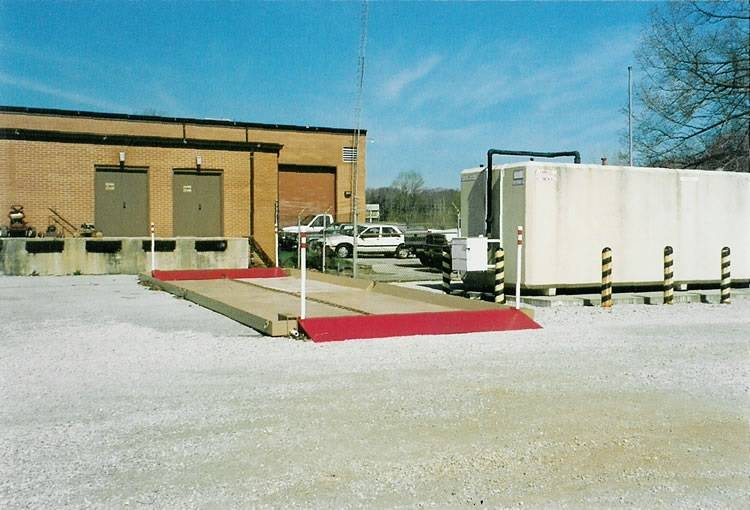 camel tri star system with ramp for vehicles