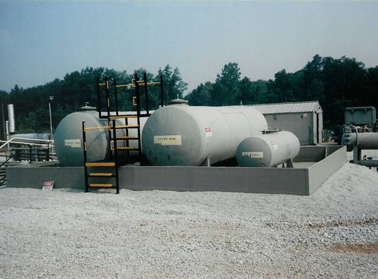 multiple tanks being contained in poly tub